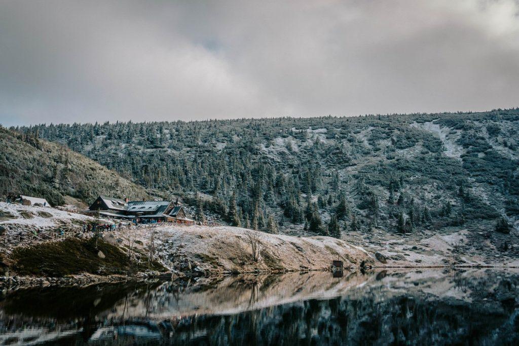 Śnieżka - Schronisko Samotnia w drodze na szczyt