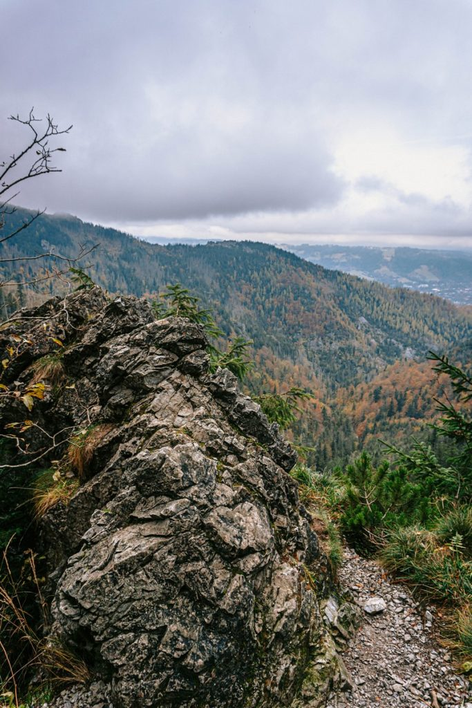 Ścieżka pod Reglami jesienią